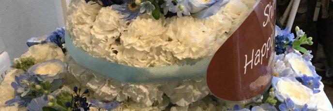ジャンボフラワーケーキです。誕生日おめでとう