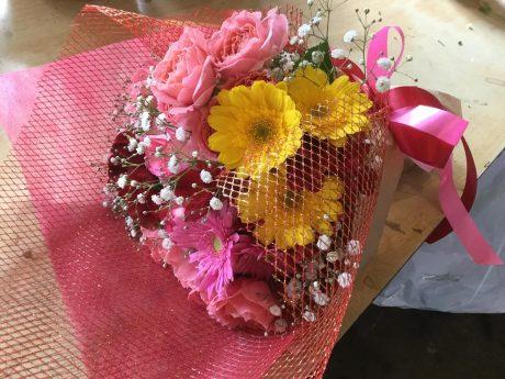 母の誕生日、色指定、赤、ピンク、